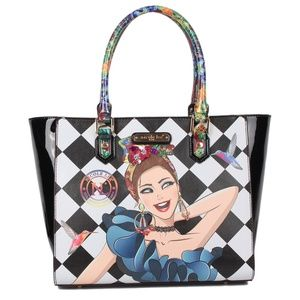 "NICOLE LEE ""LILY LOVES TO SHAKE"" PRINT SHOPPER BAG"